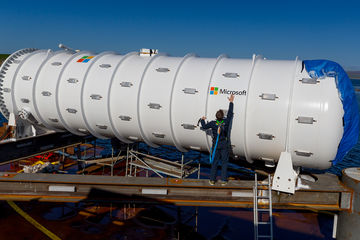[Photo tech] Microsoft déploie son data center sous-marin autosuffisant