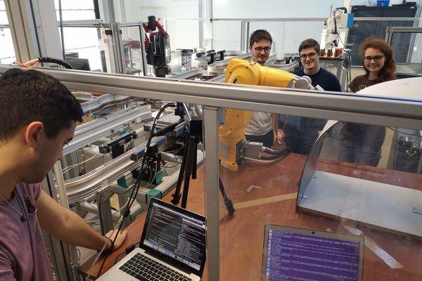 Les étudiants ingénieurs de lups toulouse développent un robot d