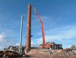Une d molition la hauteur - Demolition cheminee ancienne ...