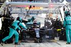 Mercedes en pole position de la simulation
