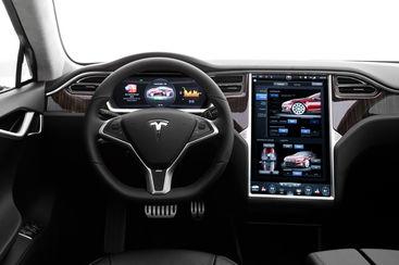 tesla les 8 technologies les plus innovantes des voitures lectriques d 39 elon musk. Black Bedroom Furniture Sets. Home Design Ideas