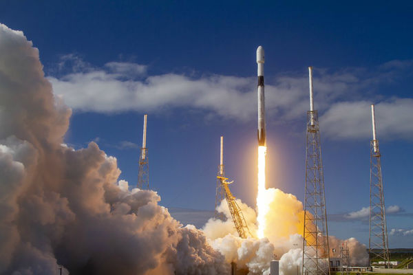 SpaceX met en orbite 60 nouveaux satellites de sa constellation Starlink