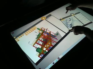 Visualisation 3D interactive sur grands écrans tactiles