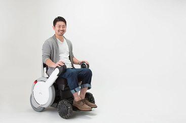 design un fauteuil roulant hors normes. Black Bedroom Furniture Sets. Home Design Ideas