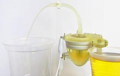 Un robot qui se recharge... à l'urine!