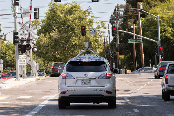 La voiture autonome de Google provoque un premier accident