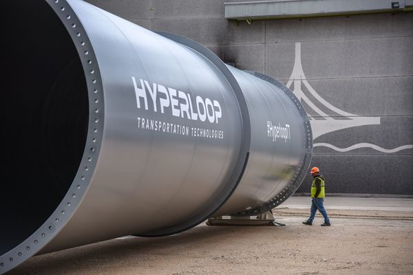 PHOTO TECH : Les premiers tronçons d'Hyperloop à Toulouse en images